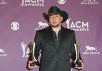 Jason Aldean's family grows