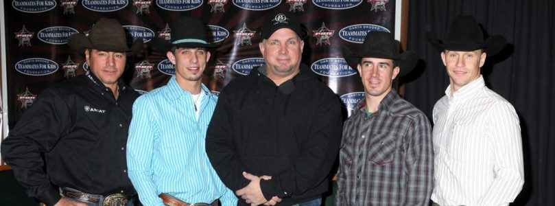 Garth Returns To The Stage – but for how long?